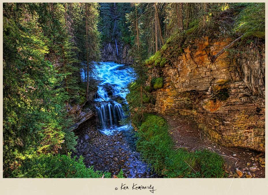 Banff-Johnston-Canyon-Waterfall