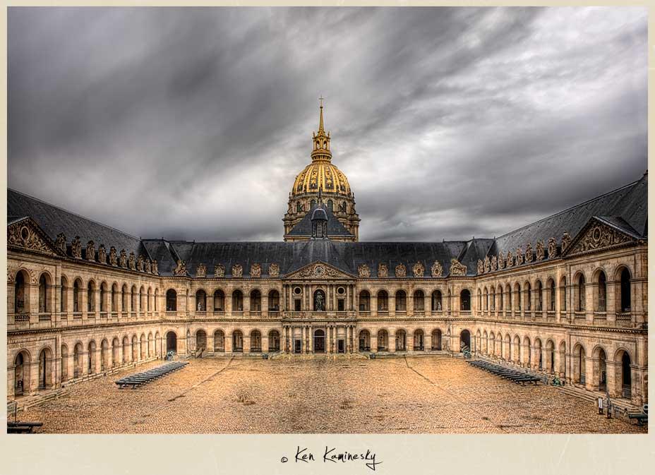 Paris-Les-Invalides-Courtyard