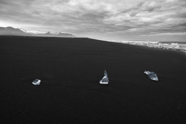 Mini Ice Formation at Jokulsarlon ©Mehmet Goral