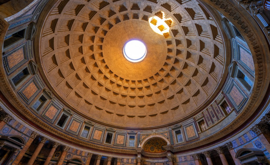 The Pantheon in Rome © Jason Arney